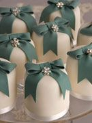 individual wedding cakes?
