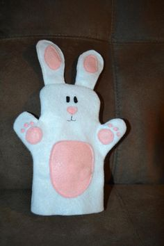 Kids size Bunny puppet. Currently until Easter, if you purchase the full barnyard set, you will receive a complimentary bunny. Otherwise individual puppets are $7 each. The puppets are hand made by me. I initially made these as a Christmas present for my 4 year old nephew and then my daughter wanted a set too, so I decided to make a few extra sets to make other kids happy too.  Please email me if you have any questions, I would be happy to answer them and maybe if there is another animal you…
