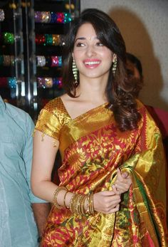 South Tamil and Telugu Movie Actress Tamanna Bhatia in Colorful Saree Blouse at Actress Tamanna Bhatia in Saree Hot Actresses, Beautiful Actresses, Indian Actresses, Hollywood Girls, Hollywood Heroines, Bollywood Actress Hot, Bollywood Saree, Tamil Actress, Glamour Photo Shoot