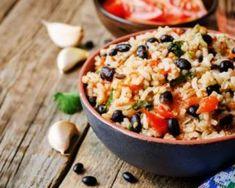 Salade mexicaine de riz complet aux haricots rouges : http://www.fourchette-et-bikini.fr/recettes/recettes-minceur/salade-mexicaine-de-riz-complet-aux-haricots-rouges.html