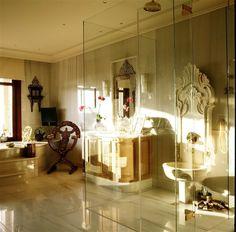 İstanbul Beylerbeyi Bosphorus Villa by Zeynep Fadillioglu Design