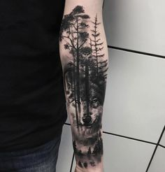 Freakin awesome forest and wolf tat!