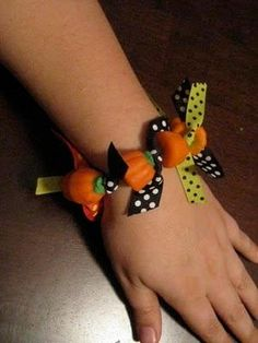DIY Edible Pumpkin Bracelet DIY Fall Crafts DIY Halloween Decor
