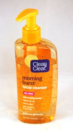 Clean & Clear Morning Burst Facial Cleanser - Works amazingly on my dry skin. (I want to find a product like it that is not tested on animals though) Beauty Products You Need, Acne Face Wash, Facial Cleansers, Beauty Care, Beauty Tips, Beauty Stuff, Beauty Trends, Facial Care, Clear Skin