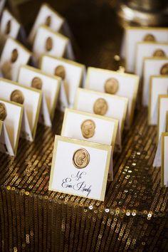 100均素材でDIY*結婚式準備の定番『シーリングワックス』の作り方♡にて紹介している画像