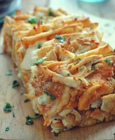 42 Mouthwatering Pull-Apart Recipes | Buffalo Chicken Pull-Apart Bread