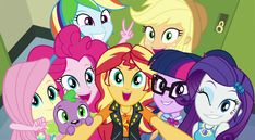 MLP Caring For Baby's Clothes Article Body: New parents are full of concerns about what regular hous Fluttershy, Rainbow Dash, Equestria Girls, I Love You Girl, Dog Love, Apple Jack, Imagenes My Little Pony, My Little Pony Drawing, Little Poney
