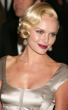 Kate Bosworth sporting a 1920s marcel wave hairstyle