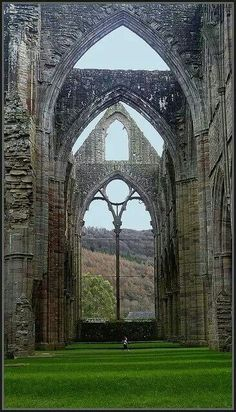 Tintern Abbey, Gloucestershire, South West England.