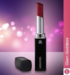 Long-wearing, feather-resistant #Arbonne Runway Rouge red lipstick glides on easily for full coverage, and intensely conditions and hydrates lips. #vegan #makeup #puresummer