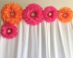 Giant paper flower orange and pink backdrop for bridal showers, wedding decor, baby showers and photo backdrops Paper Daisy, Tissue Paper Flowers, Pink Paper, Orange Paper, Paper Flower Backdrop Wedding, Pink Backdrop, Bridal Shower Decorations, Wedding Decorations, Table Decorations