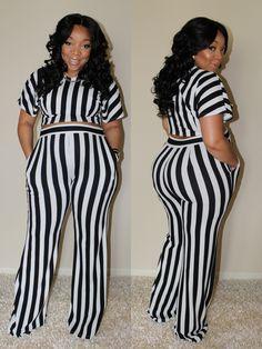 Image of Absolute Stripe Set - free porn pic New Look Fashion, Curvy Girl Fashion, White Fashion, Plus Size Fashion, Curvy Outfits, Plus Size Outfits, Fashion Outfits, Fashion Advice, Plus Size Pregnancy