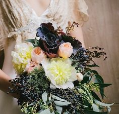 Champagne, blush and dark plum bring together an enviable textured bouquet for this vintage bridal theme.