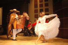 Peruvian Dances at junius Restaurant