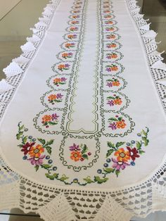 1 million+ Stunning Free Images to Use Anywhere Cross Stitch Owl, Cross Stitch Borders, Counted Cross Stitch Kits, Hardanger Embroidery, Vintage Embroidery, Cross Stitch Embroidery, Crochet Bedspread, Crochet Tablecloth, Palestinian Embroidery