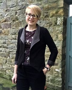 Day 2 #owop18 This was the first @grainlinestudio #morrisblazer I made with black Ponte Roma and contrasting puppytooth brushed cotton. Teamed with #soiedietop is great for work and for casual... Thanks to today's sponsors @pinkcoatclub @helens__closet @sewisfaction ... #sewistsofinstagram #grainlinestudio #sewingchallenge #oneweekonepattern #igchallenge #sewoverit #diyootd #memade Sew Over It, Blazer Pattern, Contrast, Instagram, Casual, Cotton, Closet, Black, Fashion