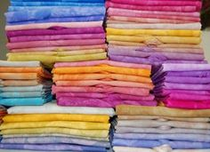 The Best Free Crafts Articles: Two-Color Gradations With Fiber Reactive Dye Free Tutorial By Terri Stegmiller of StegArt http://terristegmiller.com/pdf/2colorgradation.pdf