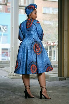 Hello here are the lovely ankara designs for the week all for your wedding occasions and other special events. African Maxi Dresses, African Fashion Designers, Latest African Fashion Dresses, African Dresses For Women, African Print Fashion, Africa Fashion, African Attire, African Clothes, Sishweshwe Dresses