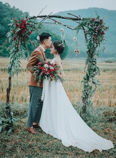 This elopement at Núi Hàm Lợn features an edgy marsala color palette, gorgeous bohemian details, and a handful of unique elopement activities.