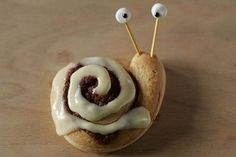 snail cinnamon rolls -  use slivered almonds for stalks