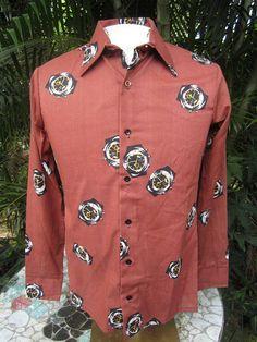 ad3980ae4f4 Men's Disco Shirt 1970s VINTAGE long sleeve pit to pit 20 Disco Shirt,  Vintage Shirts