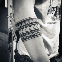 70 Armband Tattoo Designs For Men - Masculine Ink Ideas Tribal Black Ink Negative Space Male Armband Tattoos Dreieckiges Tattoos, Armband Tattoos, Tribal Forearm Tattoos, Tribal Armband Tattoo, Armband Tattoo Design, Trendy Tattoos, Body Art Tattoos, Tattoos For Guys, Sleeve Tattoos