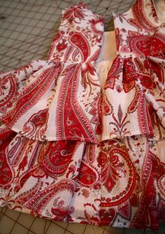 Love this fabric and so easy dress!