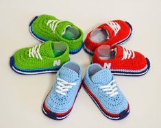 Crochet baby shoes Baby rattle Baby shower by UshakovaHandMade White Baby Shoes, Baby Boy Shoes, Boys Shoes, Crochet Baby Shoes, Newborn Crochet, Crochet Baby Booties, Pregnancy Gift For Friend, Pregnancy Gifts, Tenis New Balance
