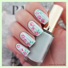 Flowers in the Sky - Nail Art