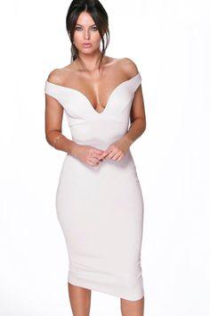 1d23c997d9c86 27 Best Paris images | Dress in, Revolve clothing, Dress outfits