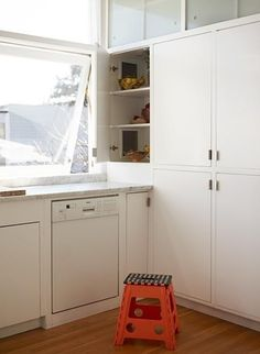 15 Ideas to Steal From Vintage Kitchens