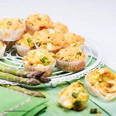 Spargel-Räucherlachs-Muffins mit Kräuter-Dip Muffins, Mini Cupcakes, Dip, Breakfast, Ethnic Recipes, Desserts, Buffet, Food, Party