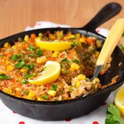 Retete pentru o talie de viespe - Retete-Gustoase.ro Lunch Recipes, Crockpot Recipes, Chicken Recipes, Healthy Recipes, Vegetarian Paella, Weight Watchers Lunches, Sweet N Sour Chicken, Fitness Diet, Macaroni And Cheese