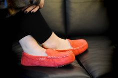 The women's Ansley travel moccasin from UGG® Australia encapsulates fashion & comfort the perfect house #slipper or out and about.