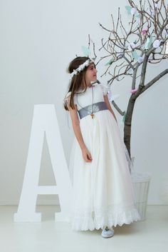 blog comuniones Maria Rose, First Holy Communion, Communion Dresses, Wedding Gowns, Tulle, Victoria, Party, Kids, Clothes