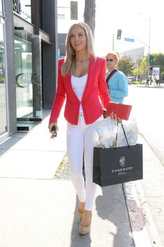 Joanna Krupa - Chagoury on Melrose in Beverly Hills