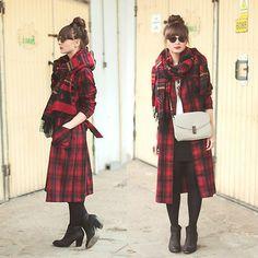 ;; trench coat
