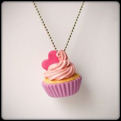 colar cupcake de marshmallow rosa - pokkuru - doceria de bijoux