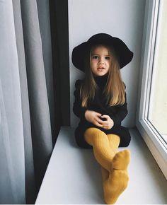 Fashion Kids, Little Girl Fashion, Toddler Fashion, Toddler Girl Style, Fashion Fashion, Kids Winter Fashion, Fashion Trends, Baby Style, Fashion Design