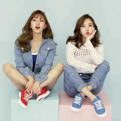 Jihyo and Mina twice spris 트와이스 스프리스, twice tzuyu tzuyu spris, sana spris… Nayeon, Kpop Girl Groups, Korean Girl Groups, Kpop Girls, K Pop, Twice Chaeyoung, Oppa Gangnam Style, Warner Music, Jihyo Twice