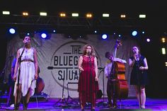 """""""Down to the River to Pray"""" Rhiannon Giddens, Abigail Washburn, and Sarah Jarosz at the Bonnaroo Superjam 