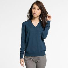 Women's Extra Fine Merino Wool V-Neck Sweater   UNIQLO
