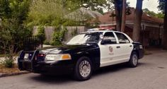 Ford car in LET'S BE COPS (2014) #ford