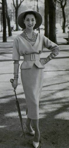 61 New Ideas For Vintage Fashion Photography Beauty Christian Dior Vintage Dior, Look Vintage, Vintage Couture, Vintage Mode, Christian Dior Vintage, Fifties Fashion, Retro Fashion, Trendy Fashion, Vintage Fashion