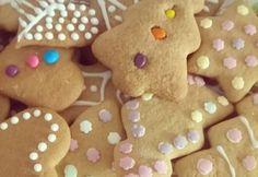 Puha mézeskalács pihentetés nélkül Gingerbread Cookies, Christmas Cookies, Xmas Food, Tapas, Cookie Recipes, Baking, Minden, Menu, Gingerbread Cupcakes