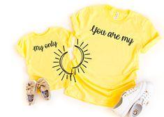 You are my sunshine my only sunshine shirt, mom and me matching shirts, mom child matching shirt, mother daughter matching sunshine shirts by AnsleighGraceDesigns on Etsy Vinyl Shirts, Mom Shirts, Cute Shirts, Mommy And Me Shirt, Mommy And Me Outfits, Foto Casual, Matching Shirts, Halloween Shirt, My Sunshine