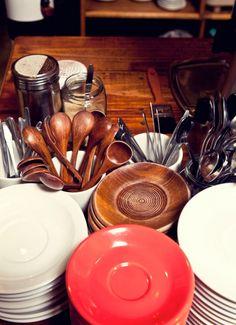 Ana's dinnerware