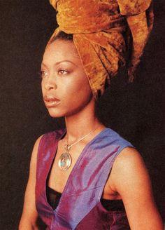 A legend..a queen...an Earth • kɑıℓıƗʘʘkuƗe •