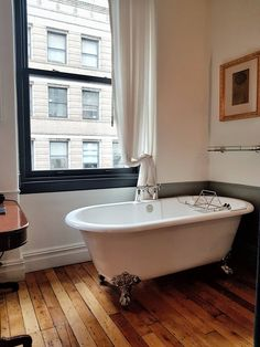 Falling in love with The NoMad Hotel * New York - The Hotel Trotter Nomad New York, Nomad Hotel, Bathroom Styling, Bathroom Ideas, Clawfoot Bathtub, Best Hotels, Trotter, Bathtubs, Home