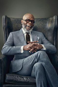 Business Man Photography, Portrait Photography Men, Corporate Photography, Photography Poses For Men, Men Portrait, Family Photography, Headshot Poses, Photographer Headshots, Headshot Ideas
